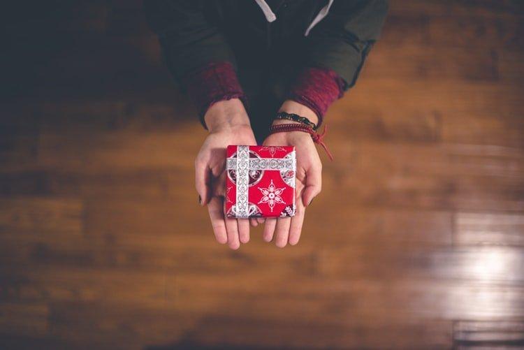 Secret Santa gifting